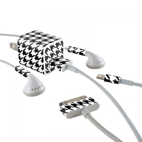 Houndstooth iPhone Earphone, Power Adapter, Cable Skin