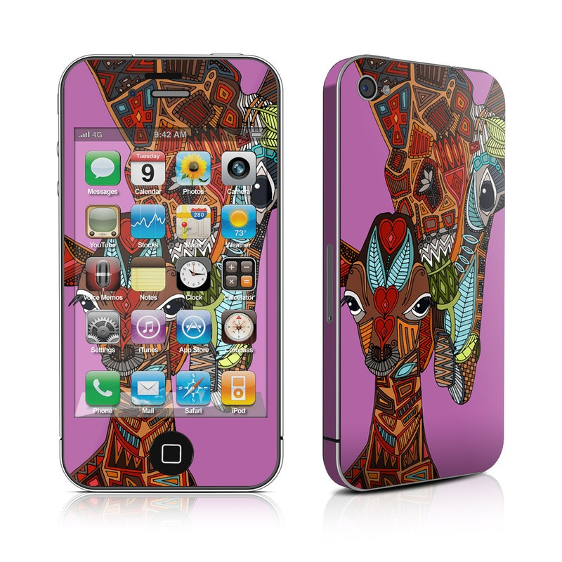 Giraffe Love iPhone 4s Skin