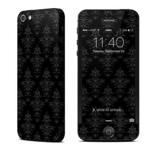 Deadly Nightshade iPhone 5 Skin