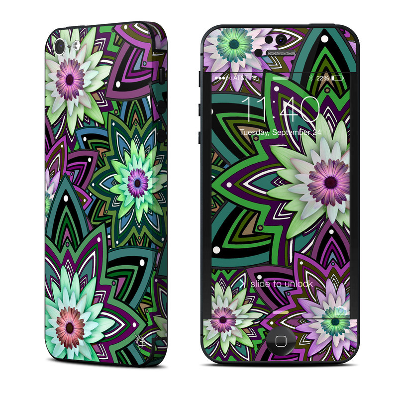 Daisy Trippin iPhone 5 Skin