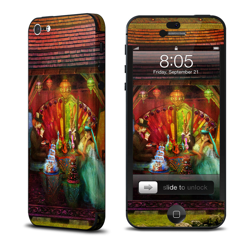 A Mad Tea Party iPhone 5 Skin