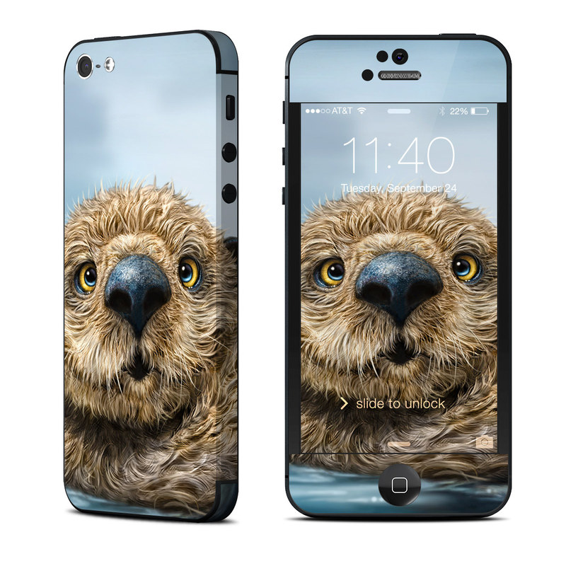 Otter Totem iPhone 5 Skin