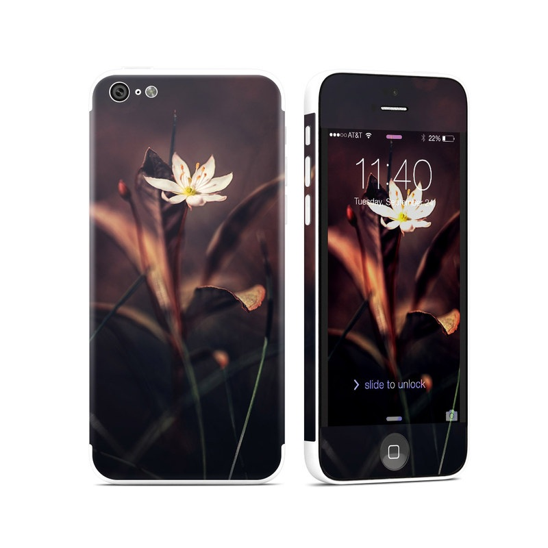 Delicate Bloom iPhone 5c Skin