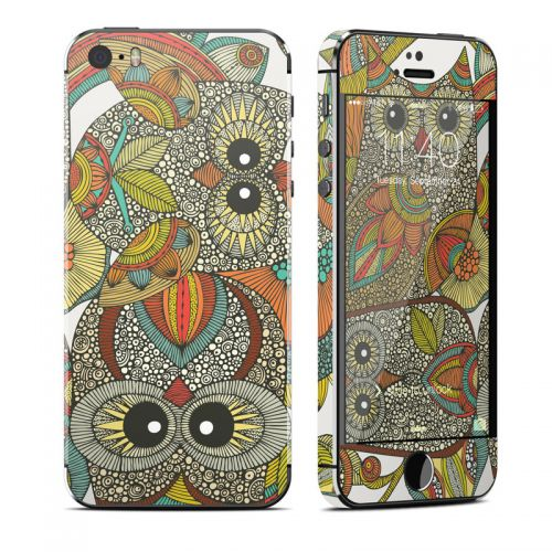 4 owls iPhone SE, 5s Skin