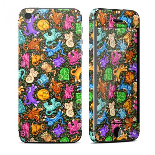 Sew Catty iPhone SE, 5s Skin