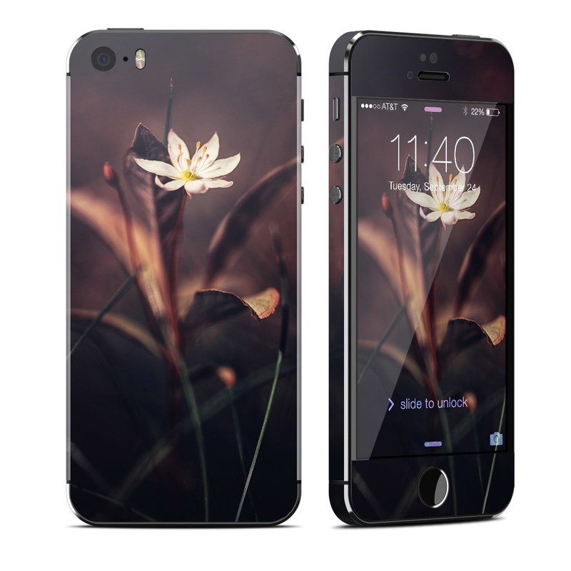 Delicate Bloom iPhone SE, 5s Skin