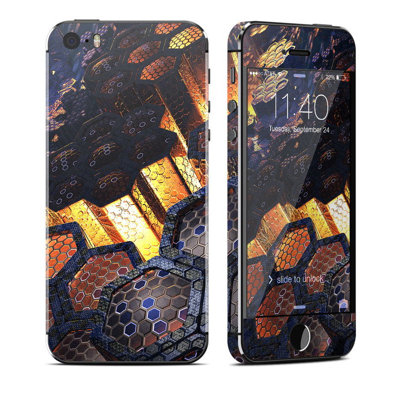 iPhone SE 1st Gen, 5s Skin design of Geological phenomenon, Sky, Water, Cobblestone, Rock, Reflection, Colorfulness, World, Art with black, red, green colors