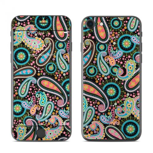 Crazy Daisy Paisley iPhone 7 Skin