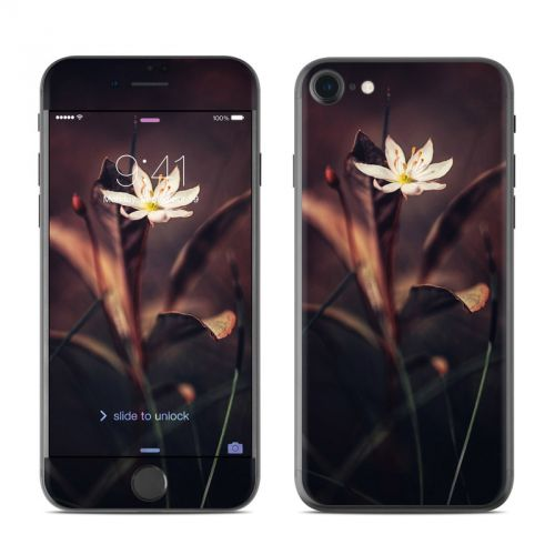 Delicate Bloom iPhone 7 Skin