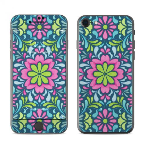 Freesia iPhone 7 Skin