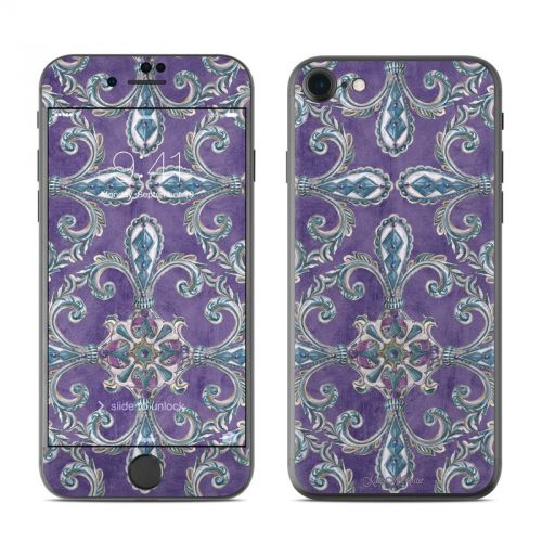 Royal Crown iPhone 7 Skin