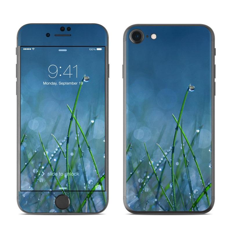 Dew iPhone 7 Skin