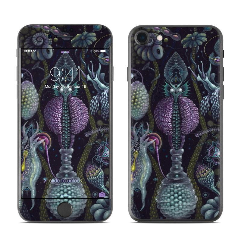 Microverse iPhone 7 Skin