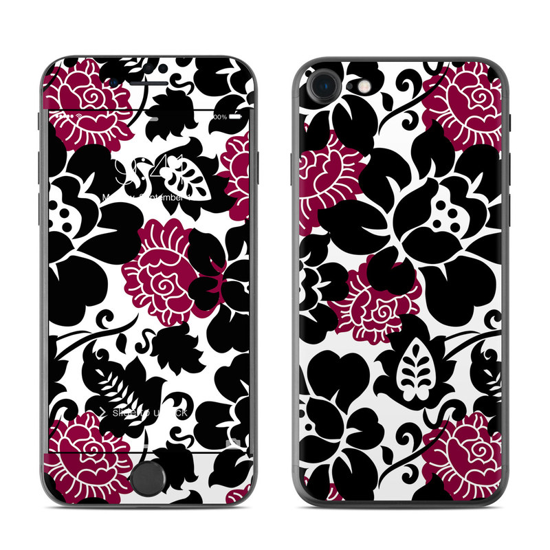Rose Noir iPhone 7 Skin