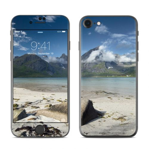 Arctic Beach iPhone 8 Skin