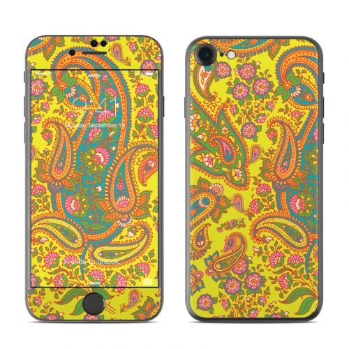 Bombay Chartreuse iPhone 8 Skin