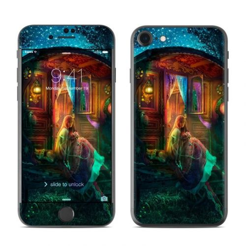 Gypsy Firefly iPhone 8 Skin