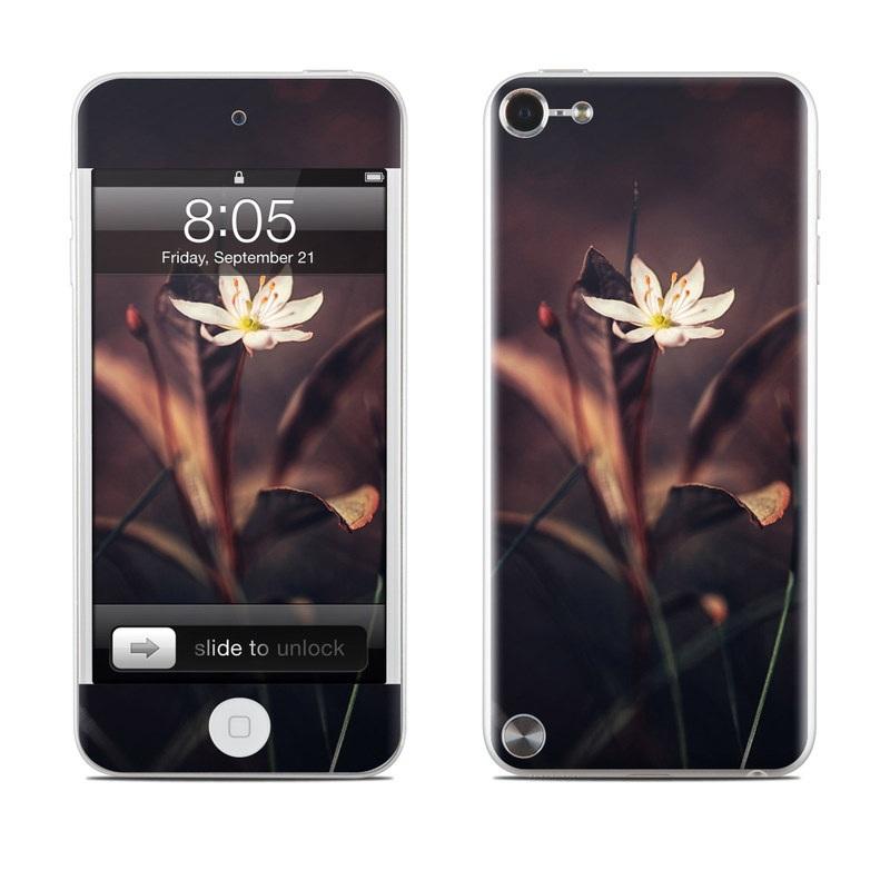 Delicate Bloom iPod touch 5th Gen Skin