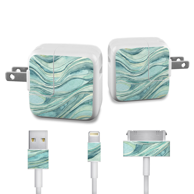Waves iPad Power Adapter, Cable Skin