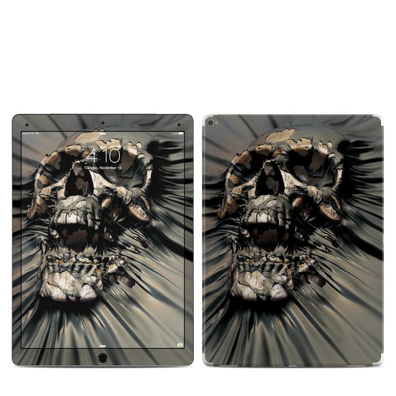 iPad Pro 12.9-inch 1st Gen Skin design of Cg artwork, Fictional character, Illustration, Demon, Fiction, Supervillain, Mythology, Art with black, green, gray, red colors