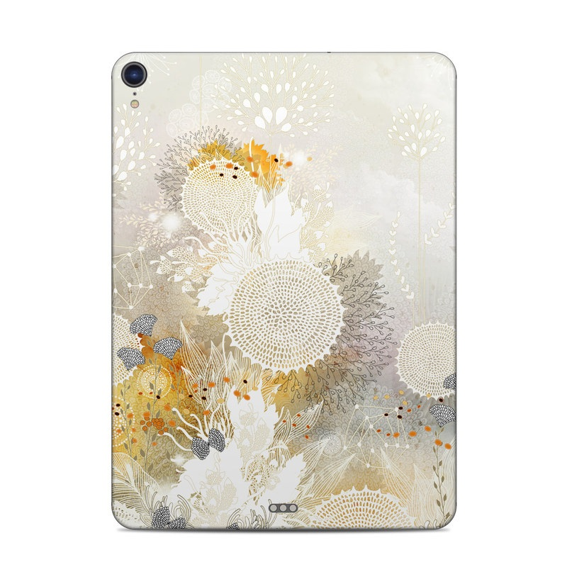 iPad Pro 3rd Gen 11-inch Skin design of Pattern, Floral design, Flower, Plant, Illustration, camomile, Wildflower, Art with gray, yellow, pink, white, green colors
