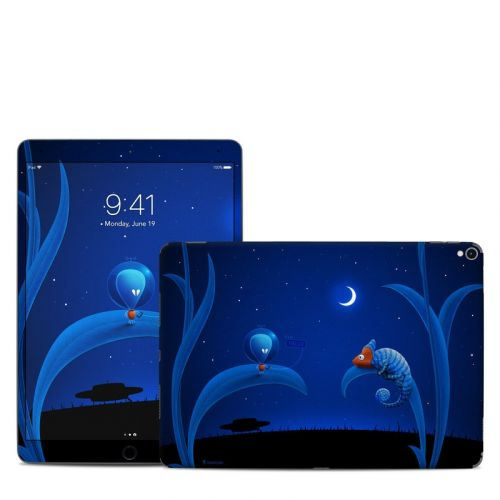 Alien and Chameleon iPad Pro 10.5-inch Skin