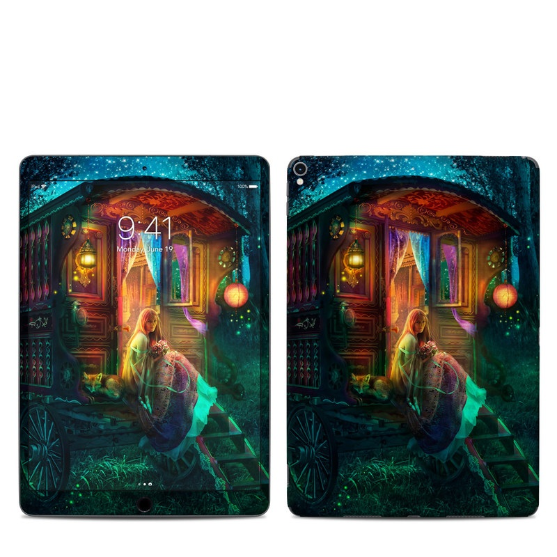 iPad Pro 2nd Gen 10.5-inch Skin design of Illustration, Adventure game, Darkness, Art, Digital compositing, Fictional character, Games with black, red, blue, green colors