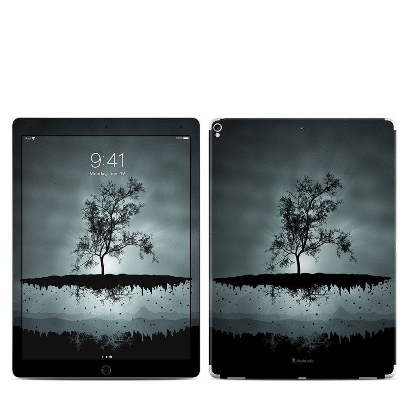 iPad Pro 2nd Gen 12.9-inch Skin design of Reflection, Sky, Nature, Water, Black, Tree, Black-and-white, Monochrome photography, Natural landscape, Atmospheric phenomenon with black, gray, blue colors