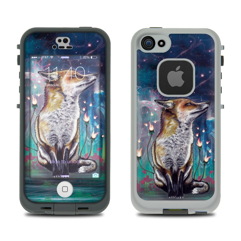 There is a Light LifeProof iPhone SE, 5s fre Skin