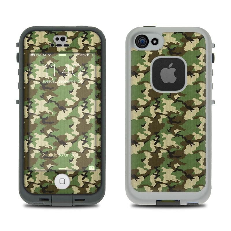 Woodland Camo LifeProof iPhone SE, 5s fre Skin