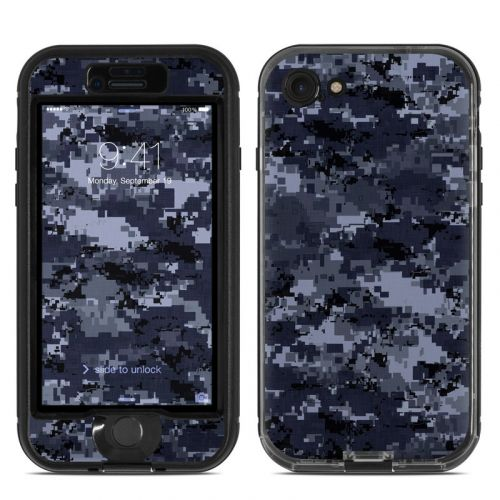 Digital Navy Camo LifeProof iPhone 7 nuud Skin