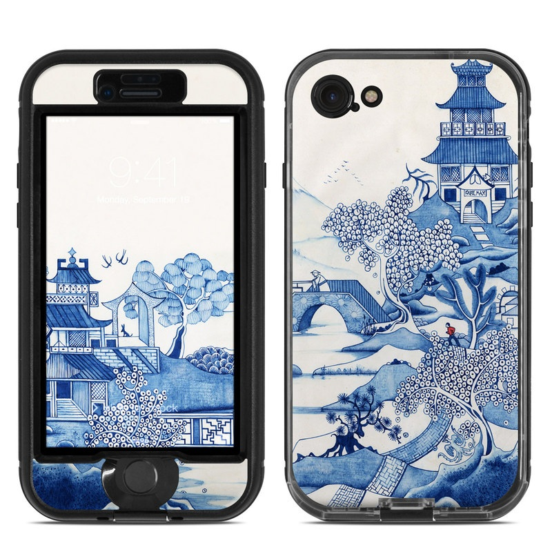 Blue Willow LifeProof iPhone 8 nuud Case Skin