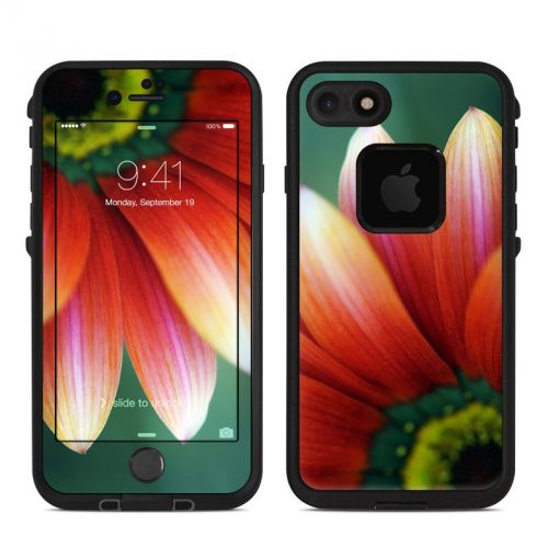 Scarlet Gerbera LifeProof iPhone 7 fre Skin