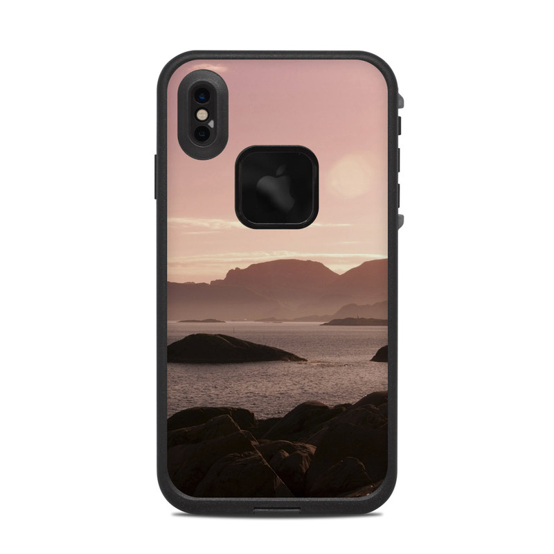 LifeProof iPhone XS Max fre Case Skin design of Sky, Nature, Sea, Atmospheric phenomenon, Horizon, Natural landscape, Coast, Cloud, Morning, Calm with gray, black, red, pink, green colors