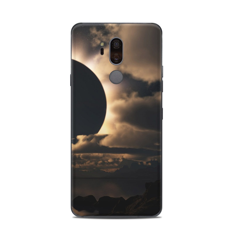LG G7 ThinQ Skin design of Sky, Cloud, Daytime, Eclipse, Atmosphere, Cumulus, Sunlight, Sun, Astronomical object, Celestial event with black, red, green, gray, pink, yellow colors