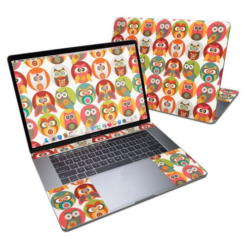 Owls Family MacBook Pro 15-inch (2016) Skin