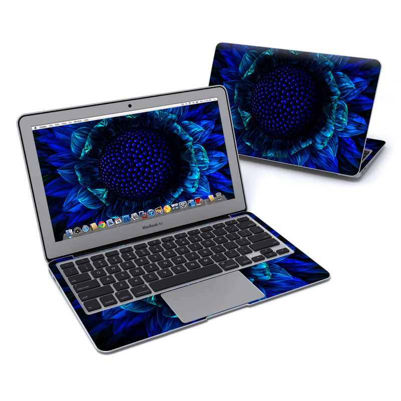 Cobalt Daisy MacBook Air 11-inch Skin