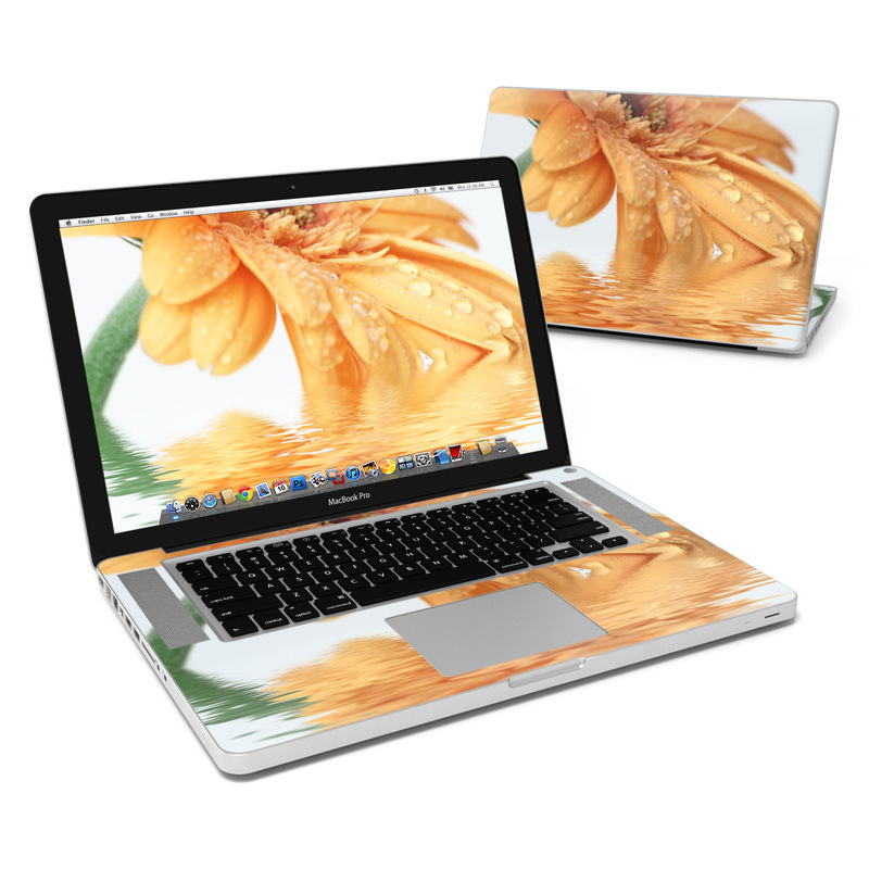 Golden Gerbera MacBook Pro 15-inch Skin