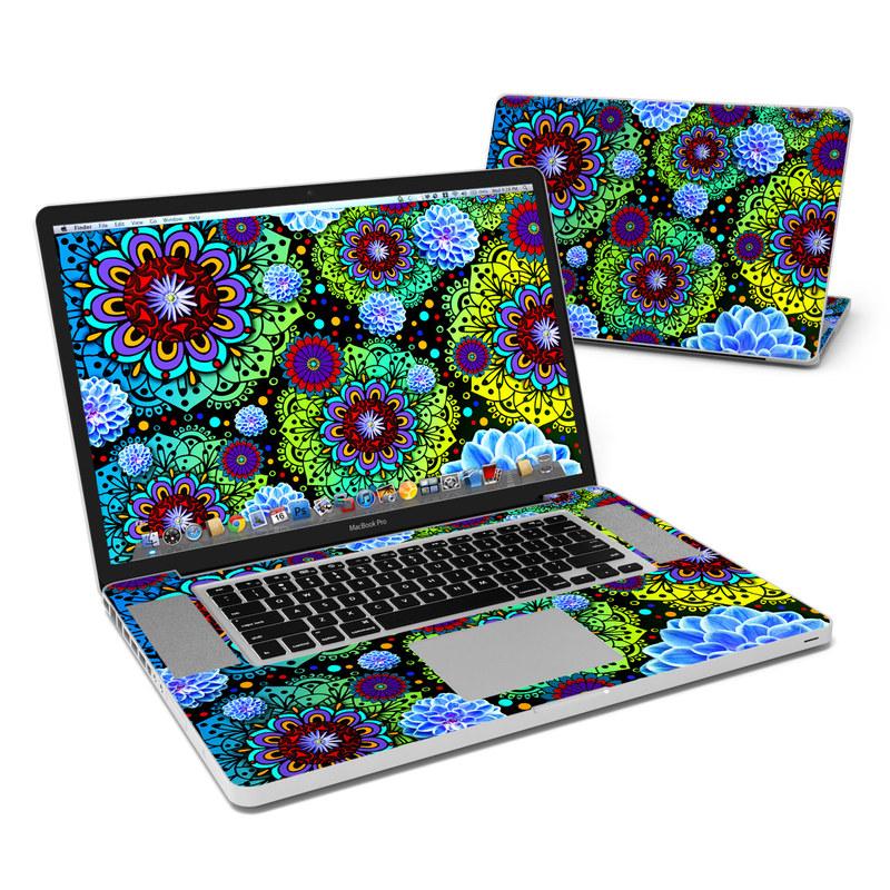 Funky Floratopia MacBook Pro 17-inch Skin
