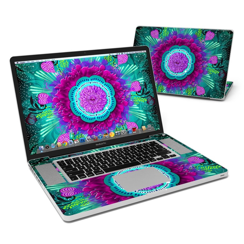Old Sea MacBook Pro 17-inch Skin