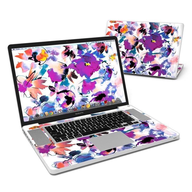 Sara MacBook Pro Pre 2012 17-inch Skin