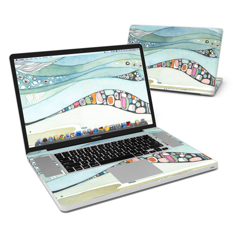 Sea of Love MacBook Pro 17-inch Skin