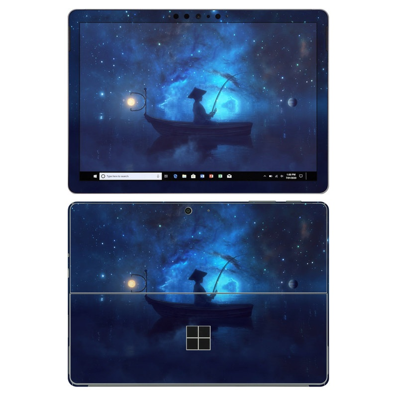 Microsoft Surface Go 2 Skin design of Sky, Night, Atmosphere, Light, Atmospheric phenomenon, Darkness, Screenshot, Space, Midnight, Moonlight with white, blue, black, green, orange colors