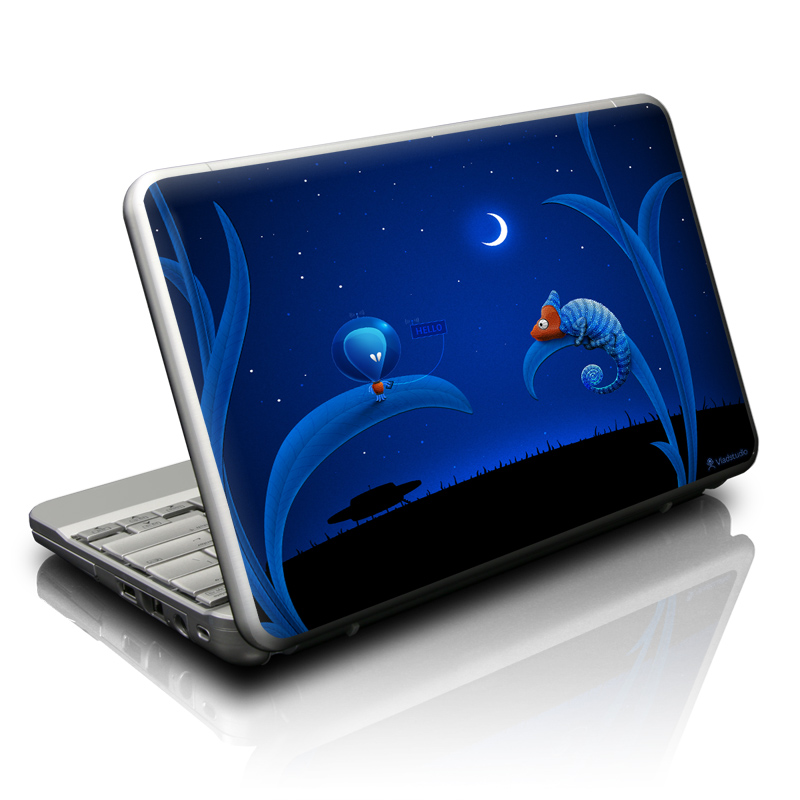 Alien and Chameleon Netbook Skin
