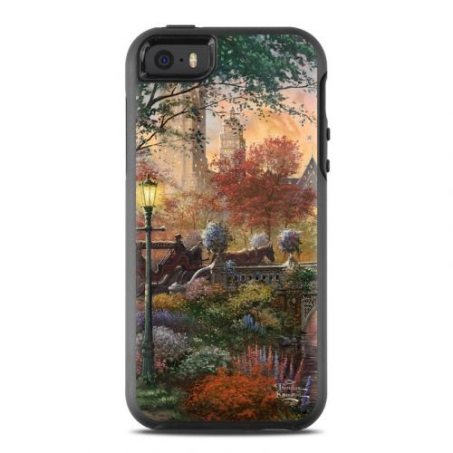 Autumn in New York OtterBox Symmetry iPhone SE Case Skin