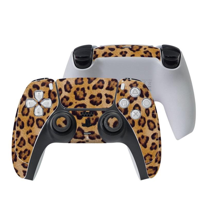 PlayStation 5 Controller Skin design of Pattern, Felidae, Fur, Brown, Design, Terrestrial animal, Close-up, Big cats, African leopard, Organism with orange, black colors