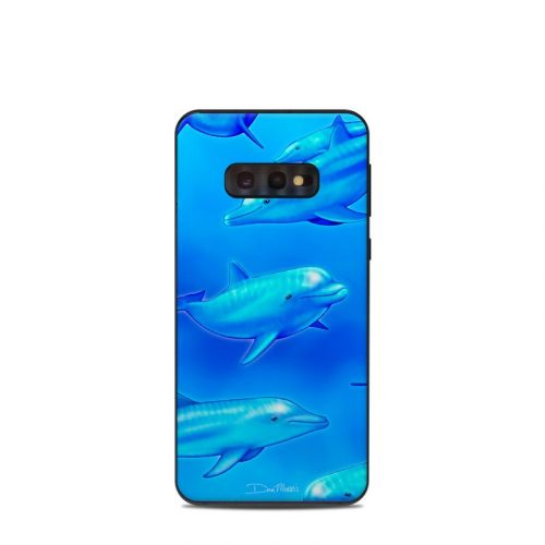 Swimming Dolphins Samsung Galaxy S10e Skin