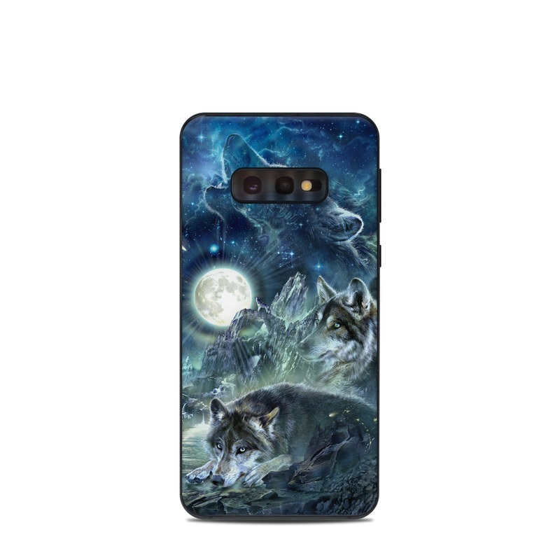 Samsung Galaxy S10e Skin design of Cg artwork, Fictional character, Darkness, Werewolf, Illustration, Wolf, Mythical creature, Graphic design, Dragon, Mythology with black, blue, gray, white colors