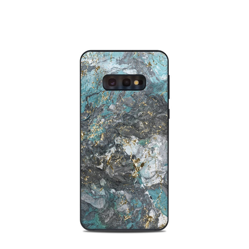 Samsung Galaxy S10e Skin design of Blue, Turquoise, Green, Aqua, Teal, Geology, Rock, Painting, Pattern with black, white, gray, green, blue colors