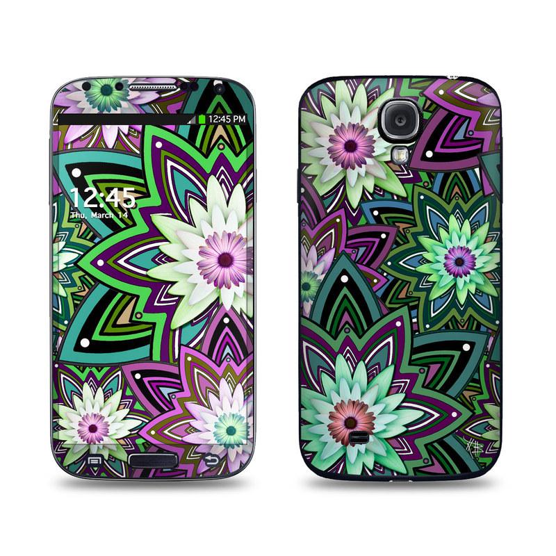 Daisy Trippin Galaxy S4 Skin